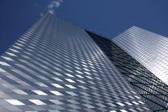 El edificio alto moderno Fotografía de archivo