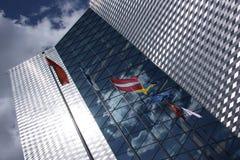 El edificio alto moderno Foto de archivo libre de regalías