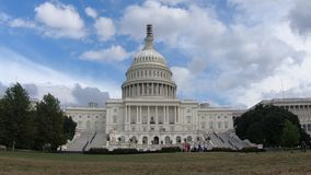 El edificio capital de Estados Unidos, congreso centró el Washington DC del tiro granangular almacen de video