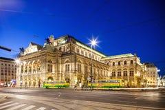 El edificio de la ópera del estado de Viena en Austria Fotos de archivo