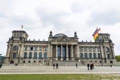 El edificio de Reichstag, jefaturas del parlamento alemán, en sea Fotografía de archivo