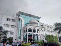 El edificio masivo representa a la novia imagen de archivo libre de regalías