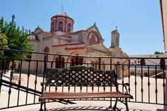 El edificio principal del monasterio de Panagia Kalyviani Crete, Grecia imagenes de archivo