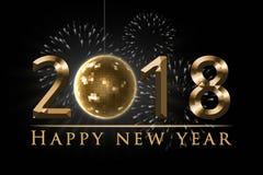 El ejemplo de la víspera del ` s del Año Nuevo 2018, la tarjeta con los fuegos artificiales, 2018 de oro, el globo del disco del  Imagen de archivo libre de regalías