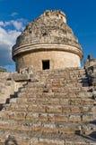 El EL Caracol es observatorio antiguo del maya en el sitio arqueológico o Imagen de archivo libre de regalías