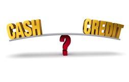 El elegir entre el efectivo o el crédito Imagenes de archivo