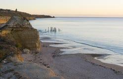 El embarcadero arruina - puerto Willunga, sur de Australia - hora de oro Fotos de archivo libres de regalías