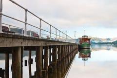 El embarcadero en districto del lago Fotografía de archivo libre de regalías