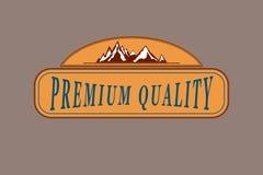 El emblema del vector con símbolo de las montañas Imagen de archivo