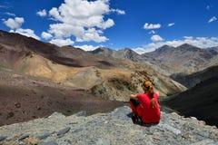 El emigrar en el valle de Markha en las montañas de Karakorum cerca de la ciudad de Leh Imagenes de archivo