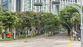 El empalme de calles en el ` s de Singapur cerca del timelapse de Chinatown almacen de video