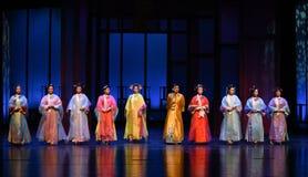 El emperador y el suyo concubines-abertura las primeras emperatrices acto-modernas del drama en el palacio Foto de archivo libre de regalías