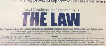 El empleo Oppurtunity igual es el cartel de la ley foto de archivo libre de regalías
