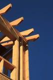 El enmarcar de madera de la nueva construcción   Fotos de archivo libres de regalías
