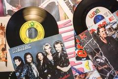 El ep 45 de la música a partir de 1988 escoge estallido y la roca de la música imagen de archivo libre de regalías