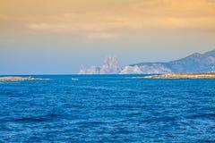 El Es Vedra es una isla en el sur de Ibiza, Balearic Island, España imagen de archivo