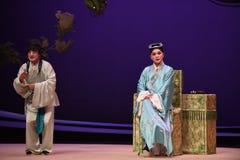 """El escolar y el  del oeste de Chamber†del """"the de la ópera del criado-Kunqu imagenes de archivo"""