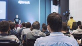 El escuchar el discurso acerca del márketing y de la gestión de la compañía ventas acertadas metrajes