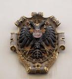 El escudo de armas de la fachada en el centro histórico de Landhaus enumeró como patrimonio mundial de la UNESCO en Graz Imagen de archivo libre de regalías