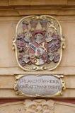 El escudo de armas de la fachada en el centro histórico de Landhaus enumeró como patrimonio mundial de la UNESCO en Graz Fotos de archivo libres de regalías