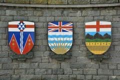 El escudo de armas para las provincias de Alberta, la Columbia Británica y el territorio del Yukón, de Canadá. Imagen de archivo