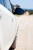 El espejo del reaview de un coche Imágenes de archivo libres de regalías