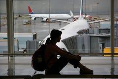 El esperar en el aeropuerto Imágenes de archivo libres de regalías