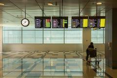 El esperar en el aeropuerto internacional de Singapur Changi Fotos de archivo libres de regalías