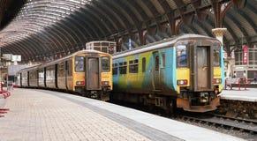El esprinter septentrional DMU de los trenes entrena a York circa 2001 Foto de archivo