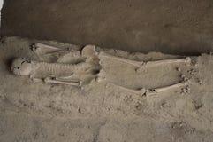 El esqueleto de un romano foto de archivo
