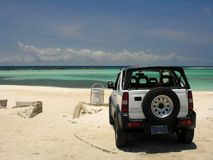 El estacionar en la playa Imagenes de archivo