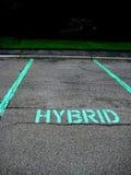 El estacionar para el coche híbrido Fotografía de archivo