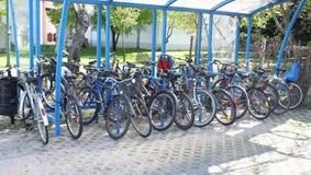 El estacionar para las bicicletas Imágenes de archivo libres de regalías