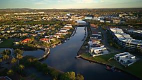 El estado delantero Gold Coast del campo de golf y del agua espera la isla Fotos de archivo