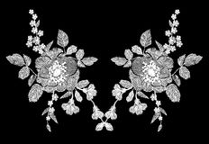 El estampado de flores blanco del bordado con la amapola y la margarita florece Ornamento tradicional de la moda de la gente del  Foto de archivo libre de regalías