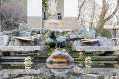 El estatuto de la rana en Tenryuji fotos de archivo