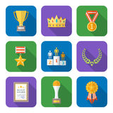 El estilo plano coloreó la diversa colección de los iconos de los símbolos de los premios Imagenes de archivo