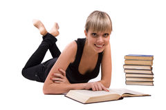 El estudiante está mintiendo y libro de lectura Fotos de archivo