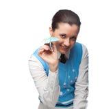 El estudiante feliz juega al tonto con el plano de papel Imagen de archivo