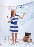 El estudio adolescente hermoso de la muchacha tiró con la red adentro Imagen de archivo libre de regalías