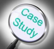 El estudio de caso muestra la búsqueda y la educación doctas Imagen de archivo