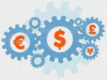 El euro, el dólar, la libra y el yen firma adentro los engranajes planos del diseño del grunge Fotos de archivo libres de regalías
