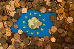 El euro europeo de la bandera acuña el fondo Fotografía de archivo