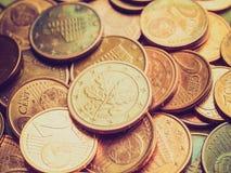 El euro retro de la mirada acuña el fondo Imagen de archivo libre de regalías