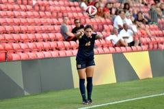 2015 el fútbol de las mujeres del NCAA - WVU-Maryland Fotos de archivo