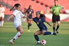 2015 el fútbol de las mujeres del NCAA - WVU-Maryland Foto de archivo