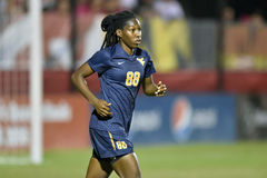 2015 el fútbol de las mujeres del NCAA - WVU-Maryland Imagen de archivo