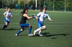 El fútbol del juego de las muchachas, Fotos de archivo
