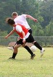 El fútbol empuja Foto de archivo