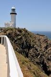 El faro de Byron del cabo (bahía de Byron, Australia) Imagen de archivo